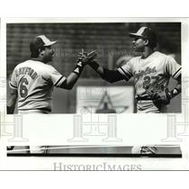 1985 Press Photo Floyd Rayford & Lee Lacy After Baltimore & Cleveland Game