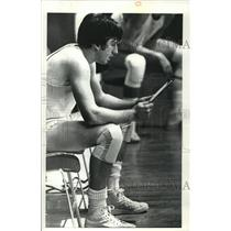 Press Photo Volleyball Player Mike Sweeney - cvb72488