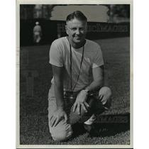 1943 Press Photo Coach Elmer Burnham- Purdue - cvb72579