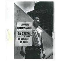 1991 Press Photo Strikes
