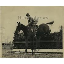1933 Press Photo Betty Leeda, now Mrs. Walter C. Davidsons - mja16882