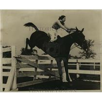 1934 Press Photo Betty Leedan, now Mrs. Walter C. Davidson - mja16884