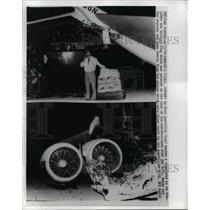 1970 Press Photo Arab Guerilla Smoking Cigarette Beside Destroyed British Plane