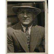 1930 Press Photo Tommy Freeman in abusiness suit - net06883