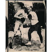 1924 Press Photo Boxer Kid McCoy sparring while training for match - net07461