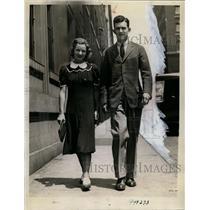 1938 Press Photo Swimmer Katherine Rawls marries aviator Theodore Thompson