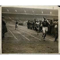 1928 Press Photo A. Plansky of Georgetown wins decathlon dash, Penn Relays