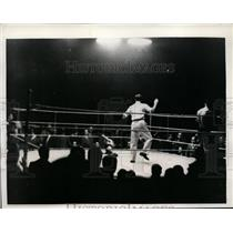 1934 Press Photo Freddie Miller wins vs Girones in Barcelona Spain bout