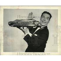 "1957 Press Photo Arthur Lake as Dagwood in ""Blondie"" - mjz01563"