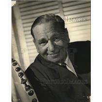 1947 Press Photo Wallace Beery - mjz01952
