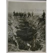 1928 Press Photo buried Viking ship discovered in Galtaback, Holland - nez24178