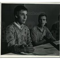 1988 Press Photo Stephen Koneman and Jason McLachlan after 10 months captivity
