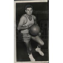 1949 Press Photo Jim Lacy, Baltimore Loyola star, has scoring record.