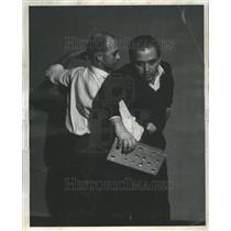 1960 Press Photo Martial Arts exhibition. - RRR48789