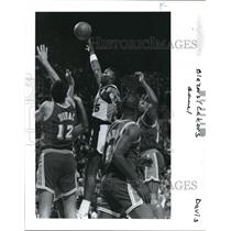 1991 Press Photo Blazers' Jerome Kersey during the Blazers and Lakers Game