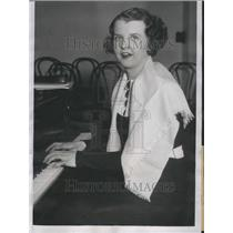 1934 Press Photo Marion Talley Chicago Grand Opera