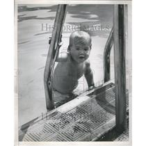 1948 Press Photo Swimming Water Baby Diving - RRR49395