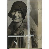 1928 Press Photo Winifred Babb, drama club leader - mja33889