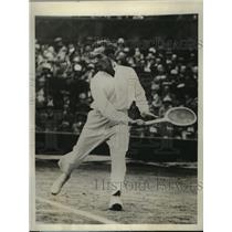 1929 Press Photo Tennis player Henri Cochet competes at Wimbledon - nes51980