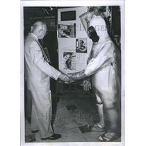 1955 Press Photo Eisenhower Radioactive Nuclear