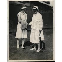 1926 Press Photo Helen Wills, Mrs Howland Davis at Seabright tennis - net22927