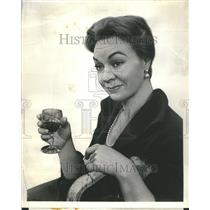 1960 Press Photo Jo Van Fleet Alligators Molly Kazan