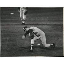 1964 Press Photo Denny Lemaster,  mowing down Reds on one hit Friday night.