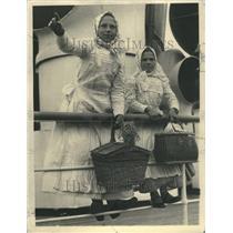 1934 Czechoslovakian Sister Press Photo