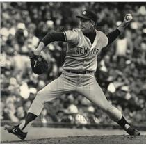 1988 Press Photo Winning pitcher tommy John went six plus innings. - mjs03818
