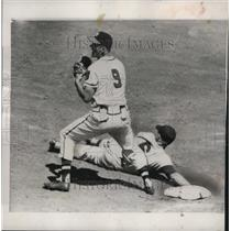 1955 Press Photo Ed Bailey tagged out by Joe Adcock catches ball at game.