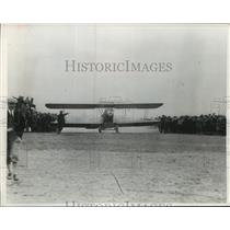 1966 Press Photo Swallow biplane carrying mail took off at Pasco, Wash.
