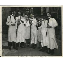 1948 Press Photo Men as Italian Waiters, Mardi Gras, New Orleans - noca00023