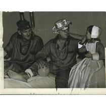 1941 Press Photo Patients Masking at Hotel Dieu, Mardi Gras, New Orleans