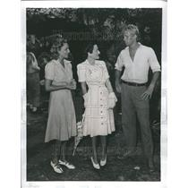 1941 Press Photo  British Actress  Lanky Sterling  set
