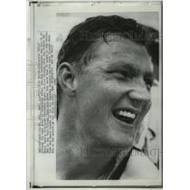1966 Press Photo Minnesota Twin's pitcher Jim Kaat grins at teammates.
