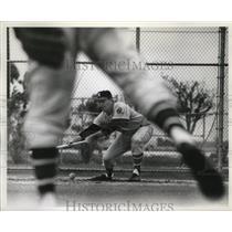 1964 Press Photo Clay Carroll (9) seen thru Wyatt's legs.
