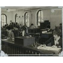 1926 Press Photo Wisconsin News Circulation Department
