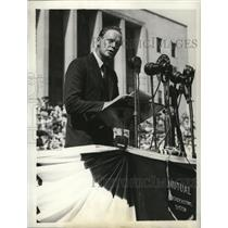 1940 Press Photo Col. Charles Lindbergh speaks at Soldier Field in Chicago.