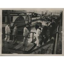 1923 Press Photo French sailors from Loreley disembark in Ruhr District, Germany