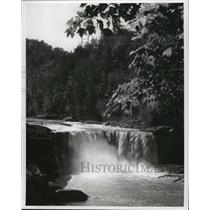 1987 Press Photo Cumberland Falls in the Southeastern Kentucky mountains