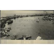 1917 Press Photo View of the harbor of Venice which is ready for siege