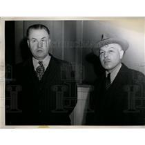 1943 Press Photo Frank S. Smith, Elbridge Gerry Bates of Nazi Gold Case