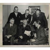 1940 Press Photo German Embassy Staff Members w Carl Edward, Red Cross President