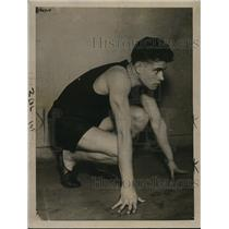 1921 Press Photo Track runner Bernie Wefers Jr at practice - net26403
