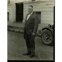 1925 Press Photo W.J. Denton Warden Escaped Military Leaders - nef15542