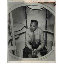 1933 Press Photo Commander T.G.W. Settle in Stratosphere Gondola, Akron, Ohio