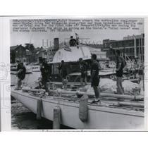 1962 Press Photo Australian Challenger Racing Yacht Gretel & Crew in Newport