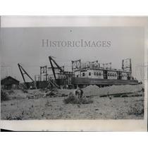 1934 Press Photo Dredge Under Construction at Fort Peck Shipyard, Montana
