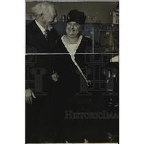 1929 Press Photo Sol Levitan and wife. - mjx19989