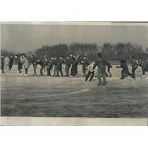 1957 Press Photo Waveland Rink Lincoln Park Ice Skaters